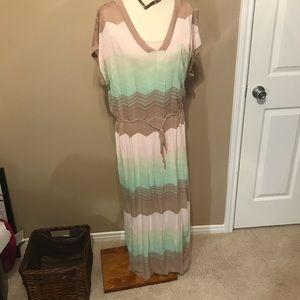 NWOT Victoria's Secret sz Large side slit dress